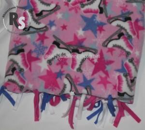 blanket.pink.blue.skates.stars.rs